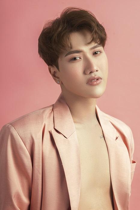 """Diễn viên, người mẫu Kim Joo: """"Dù đã từng phải lùi bước nghệ thuật để làm kinh doanh, nhưng Joo vẫn rất yêu nghề và đã quyết tâm trở lại với nó"""""""